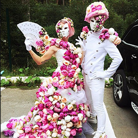 Два цветочных артиста